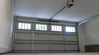 Residential Garage Door Installer Cedar Rapids